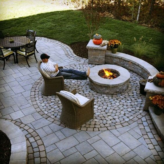 patio and pit